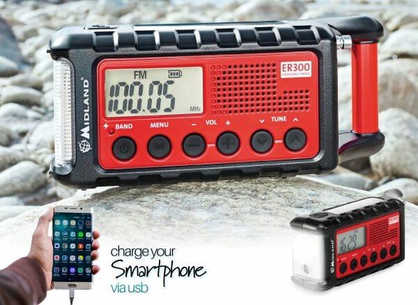 Emergency crank radio light